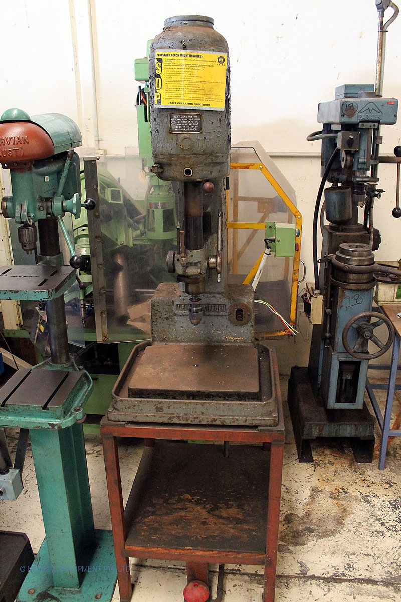 Leland Gifford geared head drilling machine